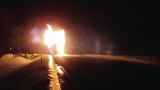 Polish truck on fire at Tallinn-Pärnu-Ikla road _ Veduki põleng Are lähedal, Pärnumaal