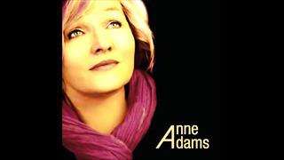 Anne Adams - Juhuste Kuninganna