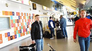 Eesti hokikoondise saabumine Tallinna lennujaama