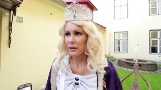 Miss Estonia 2013 - Kristina Karjalainen