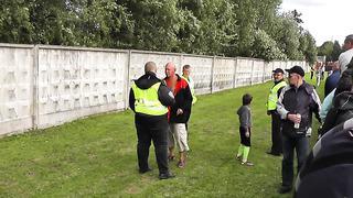 TURVANURK_ Purjus jaladioonkafänn ja turvamehed, 20.07.2013