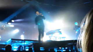 Hurts - Evelyn (Tallinn, Estonia, Saku Suurhall, 03.11.13) Exile Tour 2013