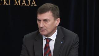 Peaminister ja kaitseminister Eesti-Soome gaasiühendusest