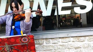 Violin player in Tallinn