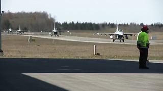 Danish Jets Arrive in Estonia