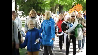 Pärnu linna 1. koolieelikute laulu -ja liikumispidu ! (1)