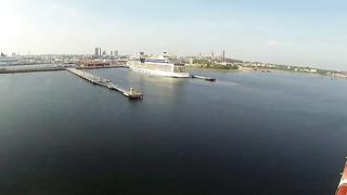 Ankunft der MSC Poesia in Tallinn und Ballonfahrt am Hafen